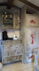 Upsycling- Möbel in der Gartenhütte- Wohnkunst